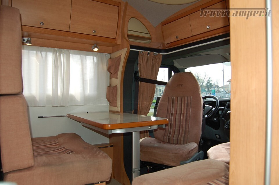 SEMINTEGRALE COMPATTO LAIKA X 595 nuovo  in vendita a Milano - Immagine 2