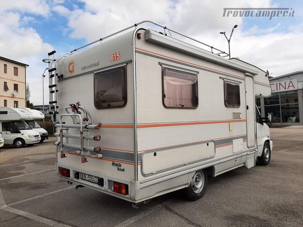 USATO - CARAVAN INTERNATIONAL 615 usato  in vendita a Macerata - Immagine 4
