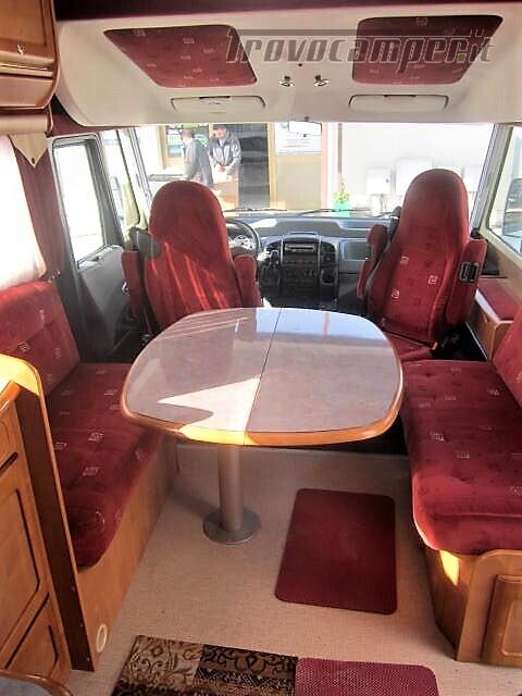 MOTORHOME 4 POSTI CON LETTO ALLA FRANCESE RAPIDO 986F usato  in vendita a Rieti - Immagine 7