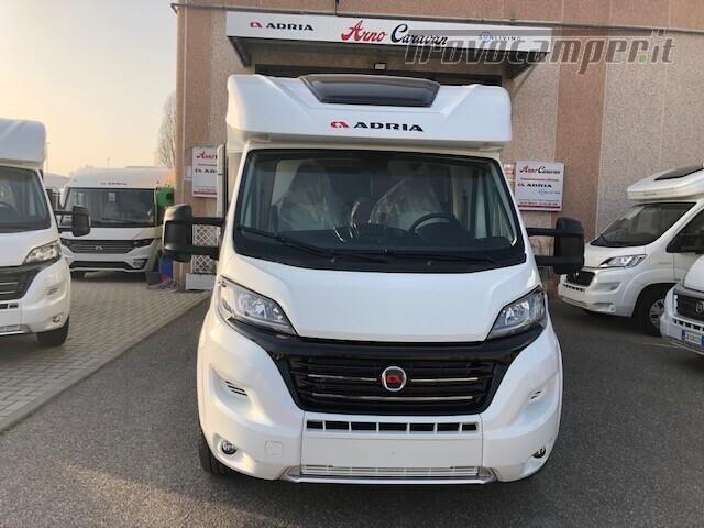 Semintegrale Adria Matrix Axess 600SP nuovo  in vendita a Firenze - Immagine 2