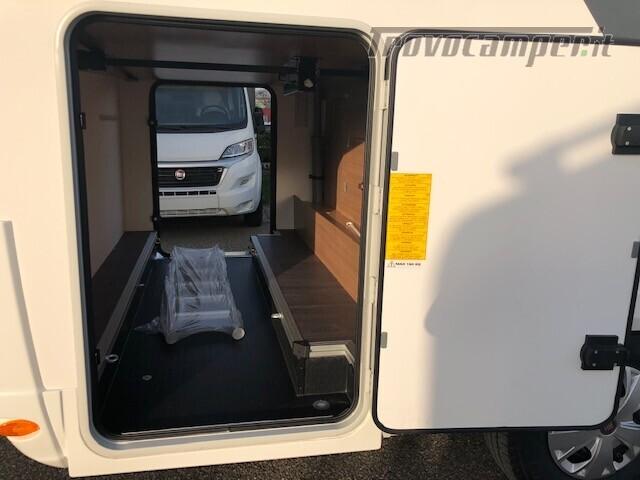 Semintegrale Adria Matrix Axess 600SP nuovo  in vendita a Firenze - Immagine 6