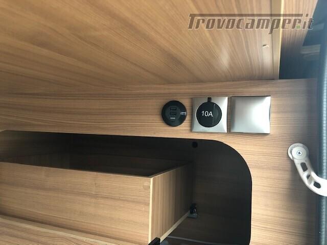 Semintegrale Adria Matrix Axess 670 SL nuovo  in vendita a Firenze - Immagine 5