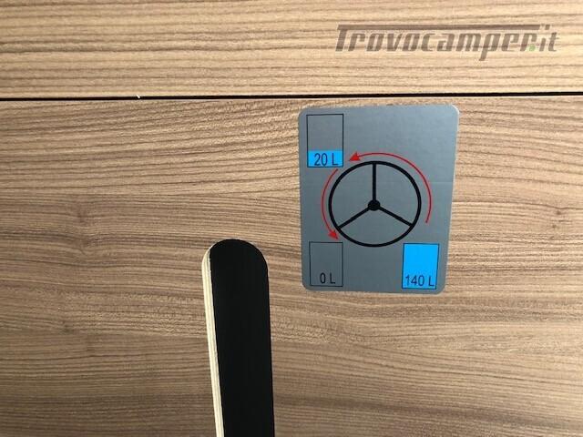 Semintegrale Adria Matrix Axess 670 SL nuovo  in vendita a Firenze - Immagine 6