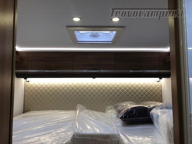 Semintegrale Adria Matrix Axess 670 SL nuovo  in vendita a Firenze - Immagine 13