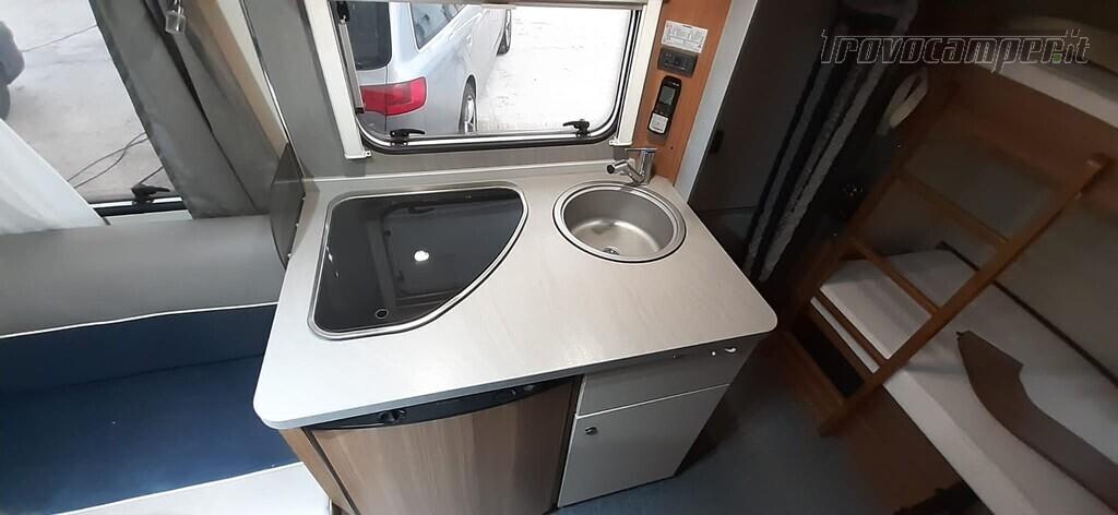 CARAVAN 4 POSTI WEINSBERG 420 CP DEL 2016 usato  in vendita a Macerata - Immagine 3