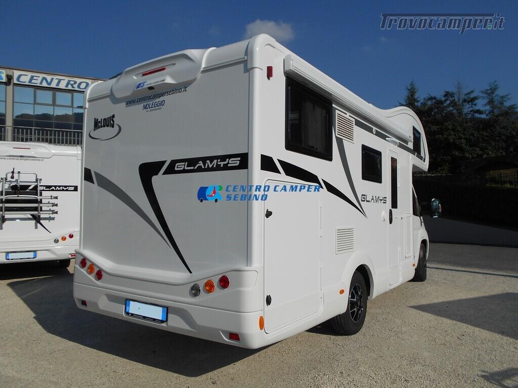 Noleggio McLouis Glamys 326 G camper mansardato 6 posti con garage nuovo  in vendita a Brescia - Immagine 3