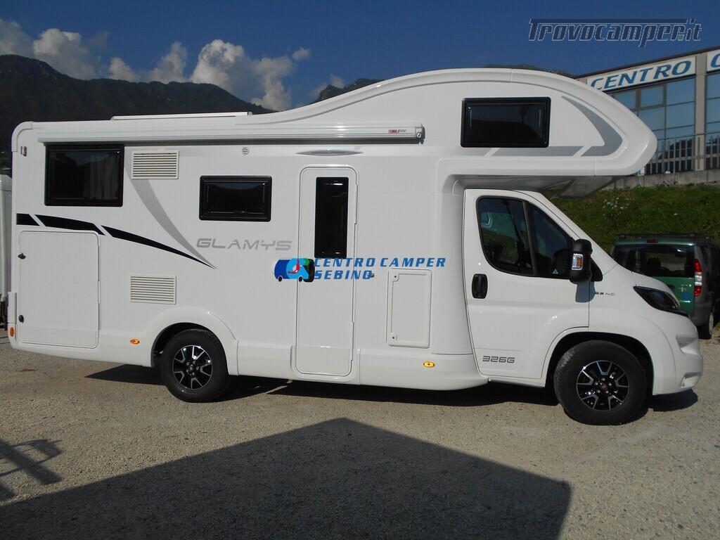 Noleggio McLouis Glamys 326 G camper mansardato 6 posti con garage nuovo  in vendita a Brescia - Immagine 4