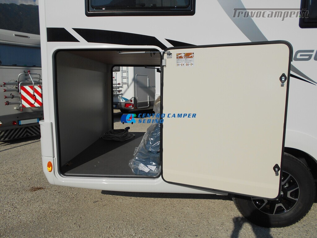 Noleggio McLouis Glamys 326 G camper mansardato 6 posti con garage nuovo  in vendita a Brescia - Immagine 5