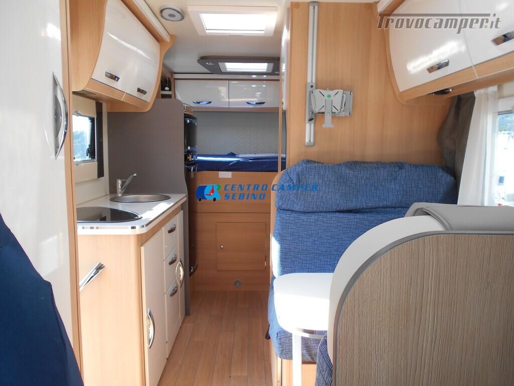 Noleggio McLouis Glamys 326 G camper mansardato 6 posti con garage nuovo  in vendita a Brescia - Immagine 11