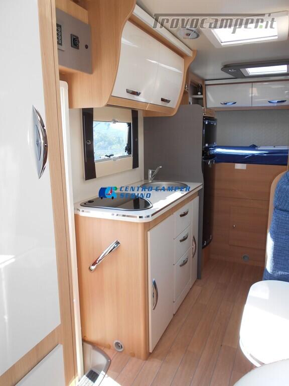 Noleggio McLouis Glamys 326 G camper mansardato 6 posti con garage nuovo  in vendita a Brescia - Immagine 13