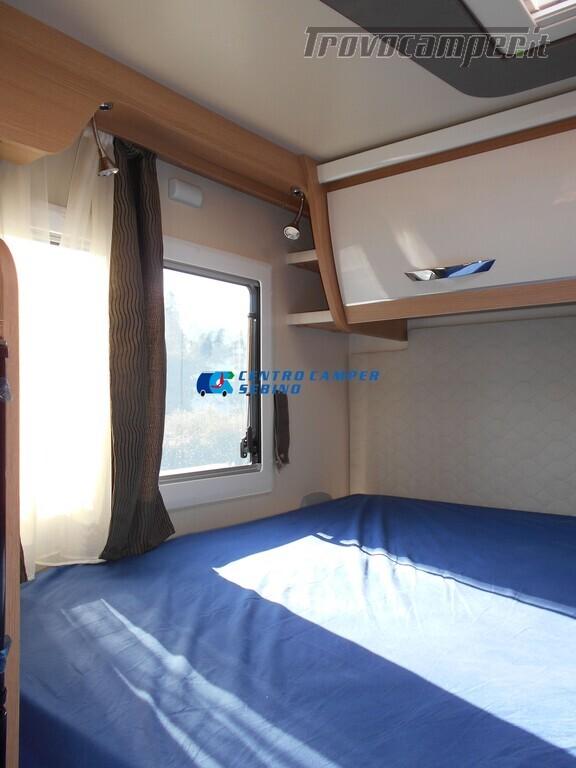 Noleggio McLouis Glamys 326 G camper mansardato 6 posti con garage nuovo  in vendita a Brescia - Immagine 17
