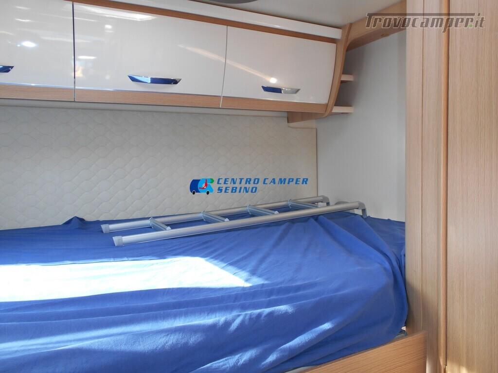 Noleggio McLouis Glamys 326 G camper mansardato 6 posti con garage nuovo  in vendita a Brescia - Immagine 18