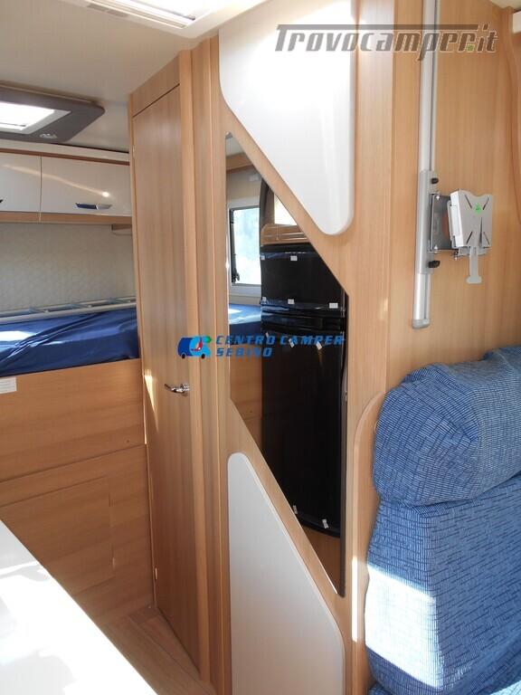 Noleggio McLouis Glamys 326 G camper mansardato 6 posti con garage nuovo  in vendita a Brescia - Immagine 20
