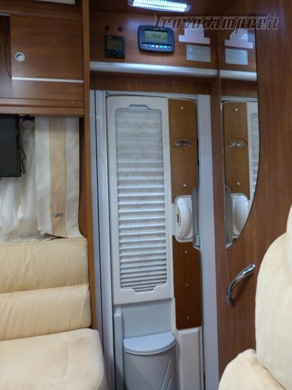 LAIKA KREOS 4009 nuovo  in vendita a Catania - Immagine 18