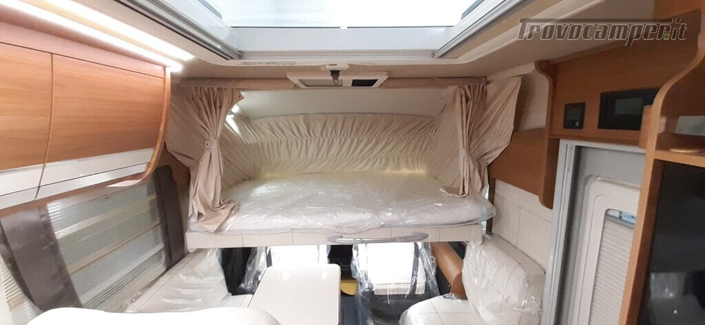 MOTORHOME ARCA EUROPA H 740 GLG NUOVO CON LETTI GEMELLI nuovo  in vendita a Macerata - Immagine 3
