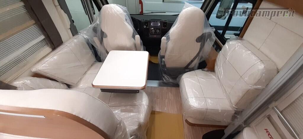 MOTORHOME ARCA EUROPA H 740 GLG NUOVO CON LETTI GEMELLI nuovo  in vendita a Macerata - Immagine 11