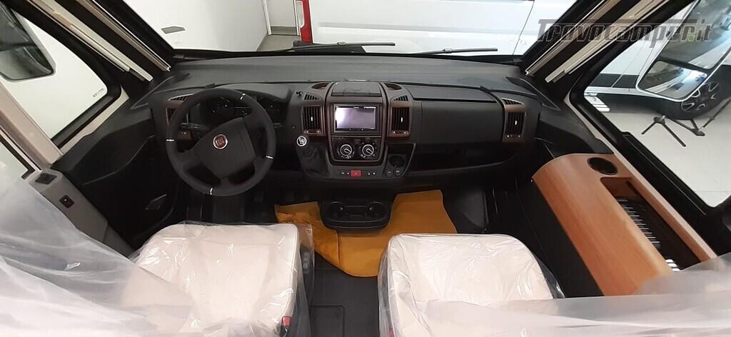 MOTORHOME ARCA EUROPA H 740 GLG NUOVO CON LETTI GEMELLI nuovo  in vendita a Macerata - Immagine 4