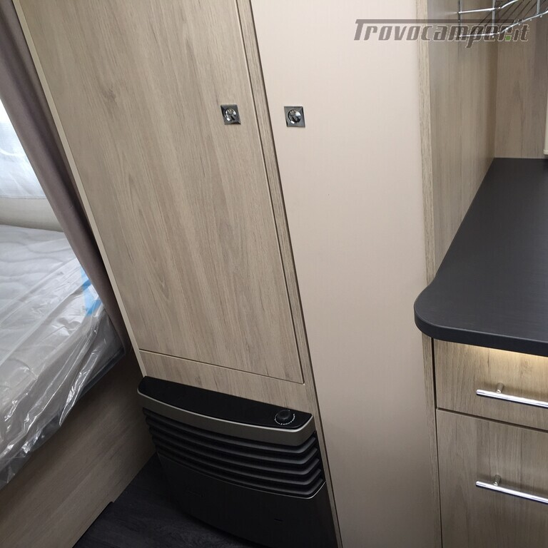 ROULOTTE CARAVELAIR ANTARES 486 STYLE usato  in vendita a Monza e Brianza - Immagine 11