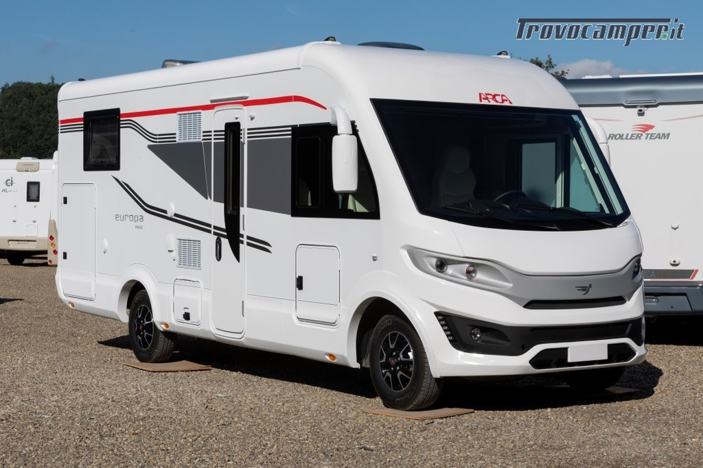 Motorhome ARCA Europa H 740 GLC con garage e letto matrimoniale in coda nuovo  in vendita a Massa-Carrara - Immagine 1