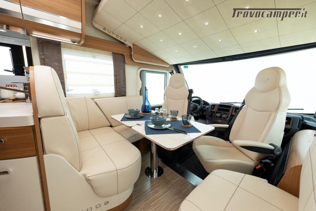 Motorhome ARCA Europa H 740 GLC con garage e letto matrimoniale in coda nuovo  in vendita a Massa-Carrara - Immagine 2