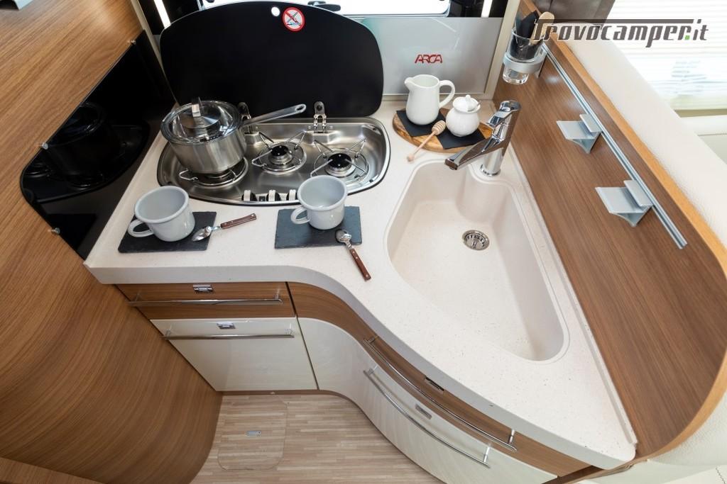 Motorhome ARCA Europa H 740 GLC con garage e letto matrimoniale in coda nuovo  in vendita a Massa-Carrara - Immagine 8