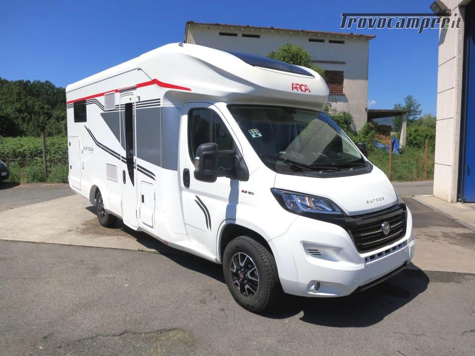 Semi integrale ARCA Europa P 740 GLG con garage e letti gemelli in coda usato  in vendita a Massa-Carrara - Immagine 3