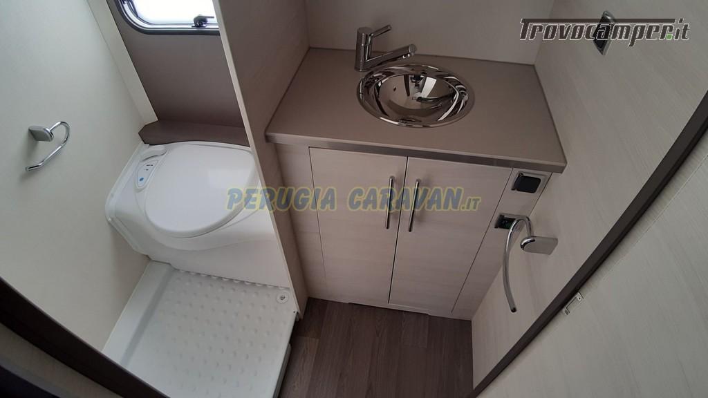 Roulotte 6 posti seminuova Caravelair Antares 496 style nuovo  in vendita a Perugia - Immagine 10