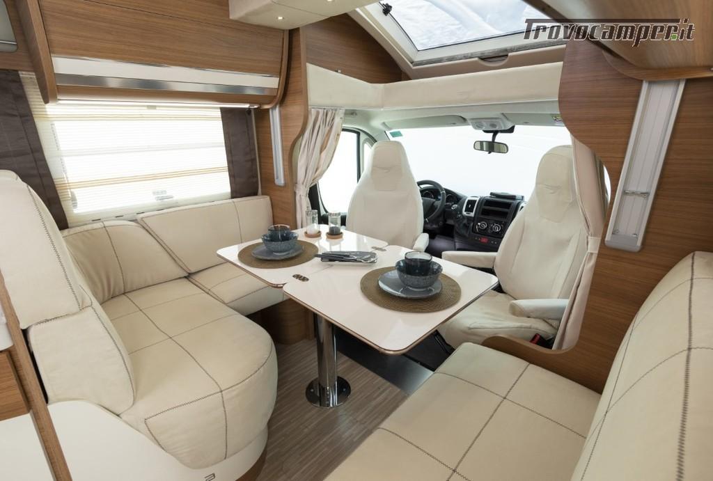 Semi-integrale ARCA Europa P 699 GLM con garage e letto matrimoniale in coda usato  in vendita a Massa-Carrara - Immagine 3