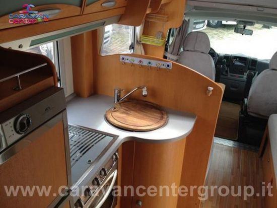 Ci international ci riviera garage usato  in vendita a Campobasso - Immagine 6