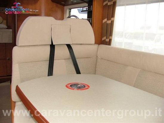 Carthago c-tourer i 150 usato  in vendita a Campobasso - Immagine 5