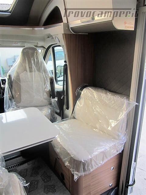Semi-integrale con letto a penisola più basculante Adria Matrix M670 SC plus nuovo  in vendita a Rieti - Immagine 8