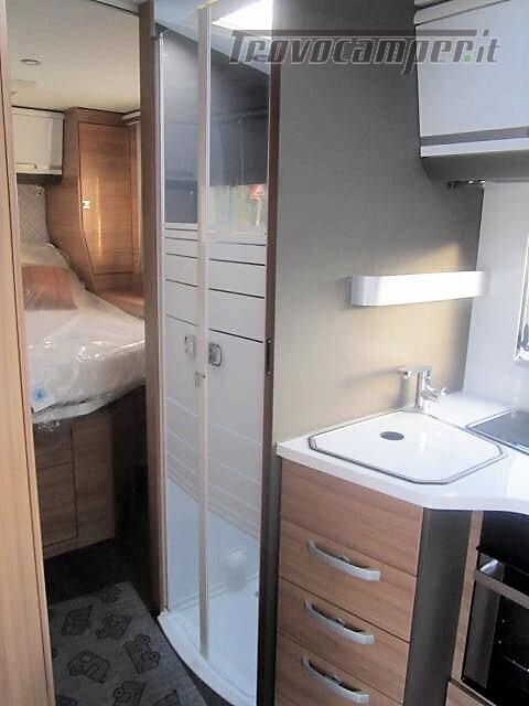 Semi-integrale con letto a penisola più basculante Adria Matrix M670 SC plus nuovo  in vendita a Rieti - Immagine 16