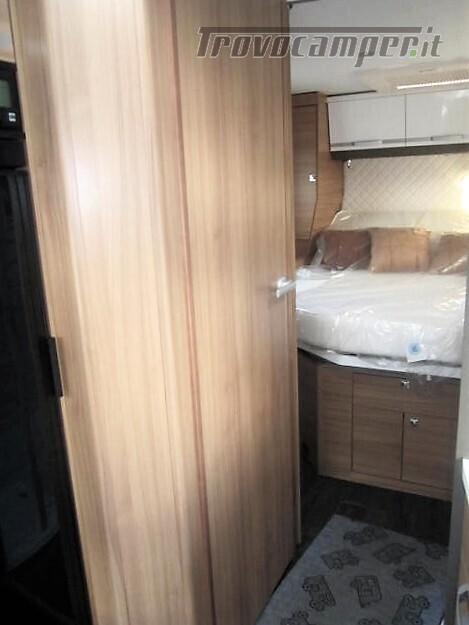 Semi-integrale con letto a penisola più basculante Adria Matrix M670 SC plus nuovo  in vendita a Rieti - Immagine 17