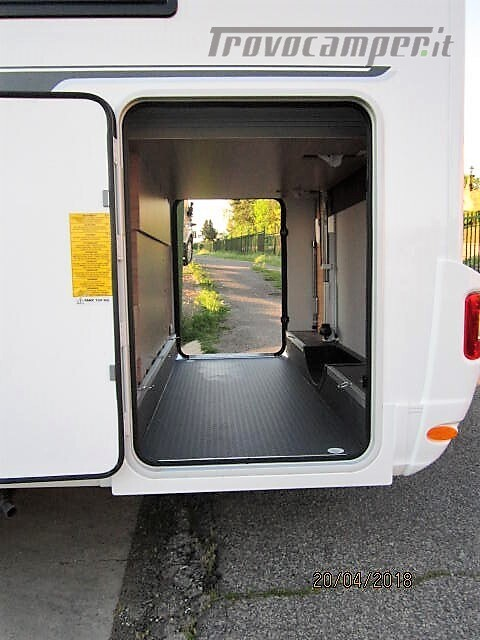 Semi-integrale con letto a penisola più basculante Adria Matrix M670 SC plus nuovo  in vendita a Rieti - Immagine 20