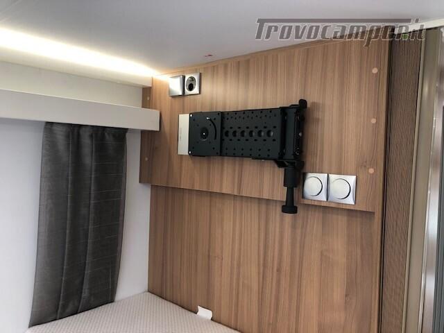 Semintegrale Adria Matrix Plus 600 SL Offerta € 61.400,00 nuovo  in vendita a Firenze - Immagine 18