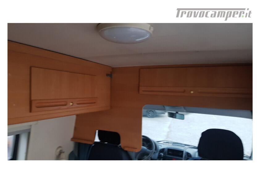 404 adria van . furgonato con dinette centrale e bagno in coda nuovo  in vendita a Bolzano - Immagine 6