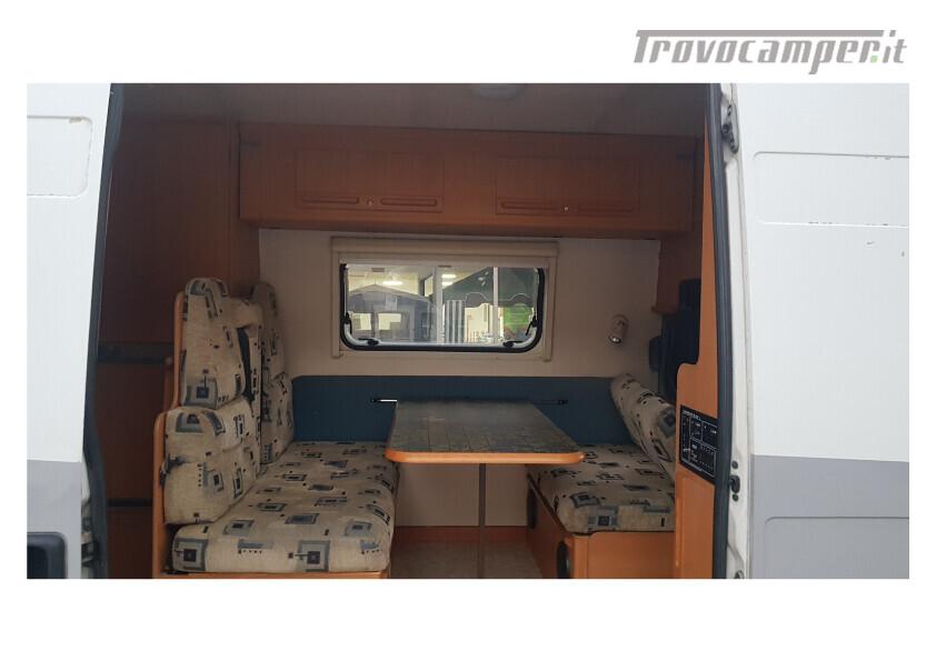 404 adria van . furgonato con dinette centrale e bagno in coda nuovo  in vendita a Bolzano - Immagine 7