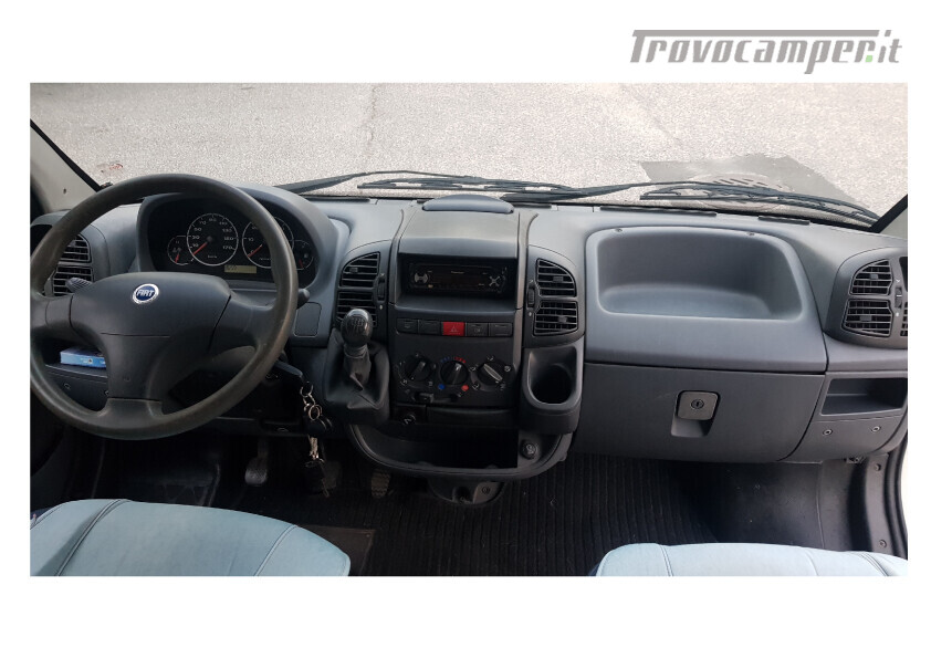 404 adria van . furgonato con dinette centrale e bagno in coda nuovo  in vendita a Bolzano - Immagine 10