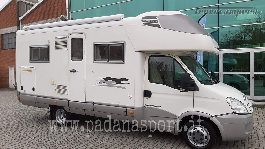 Mansardato Laika Kreos 3005 Iveco nuovo  in vendita a Pavia - Immagine 1