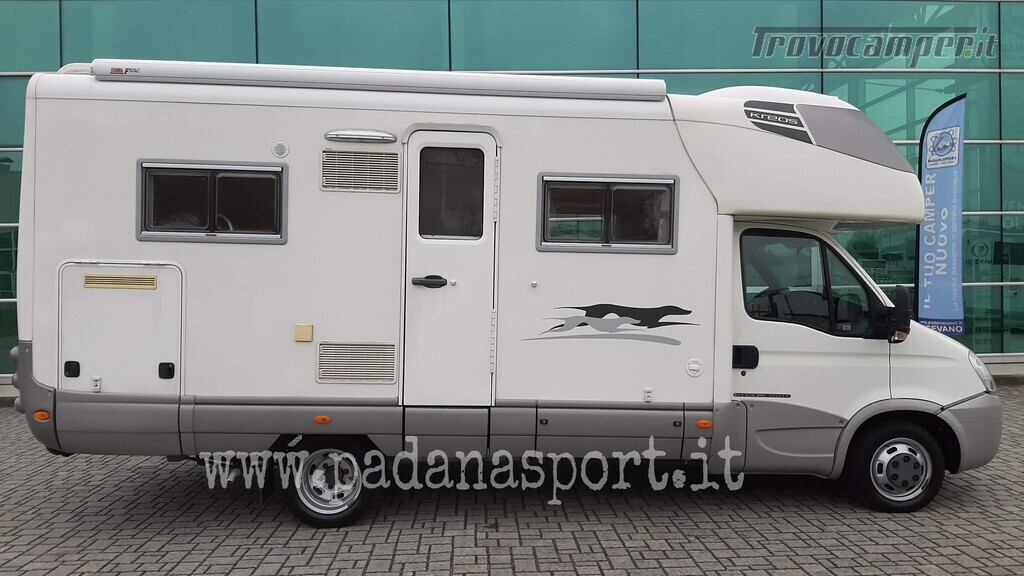Mansardato Laika Kreos 3005 Iveco nuovo  in vendita a Pavia - Immagine 2