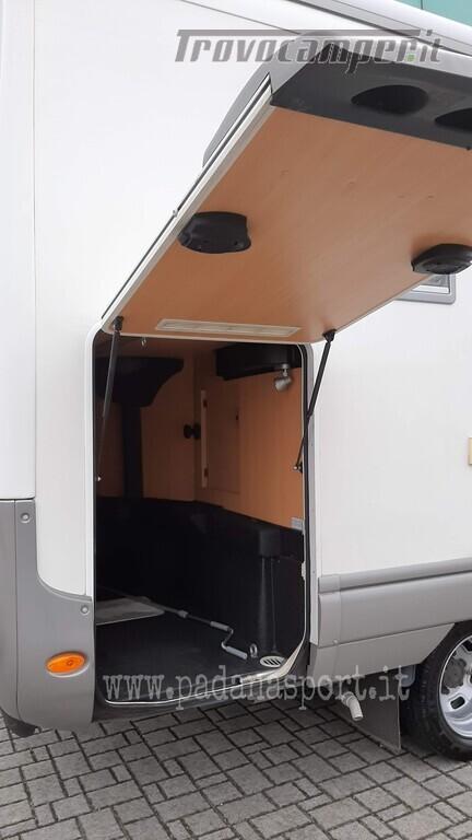 Mansardato Laika Kreos 3005 Iveco nuovo  in vendita a Pavia - Immagine 8