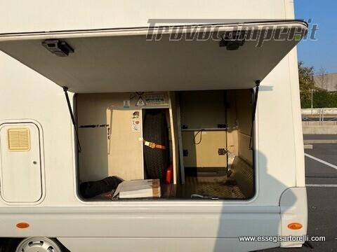 Laika Ecovip 5.1 G MAXI GARAGE 2.8 JTD CLIMA anno 2002 678 cm usato  in vendita a Brescia - Immagine 5