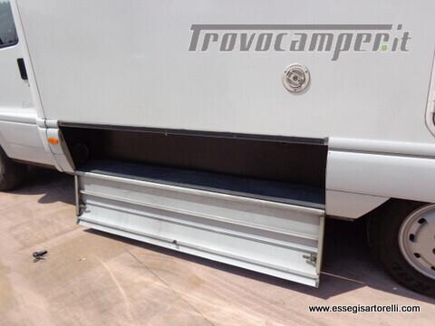 Laika Ecovip 5.1 G MAXI GARAGE 2.8 JTD CLIMA anno 2002 678 cm usato  in vendita a Brescia - Immagine 18