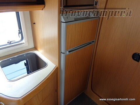 Laika Ecovip 5.1 G MAXI GARAGE 2.8 JTD CLIMA anno 2002 678 cm usato  in vendita a Brescia - Immagine 19