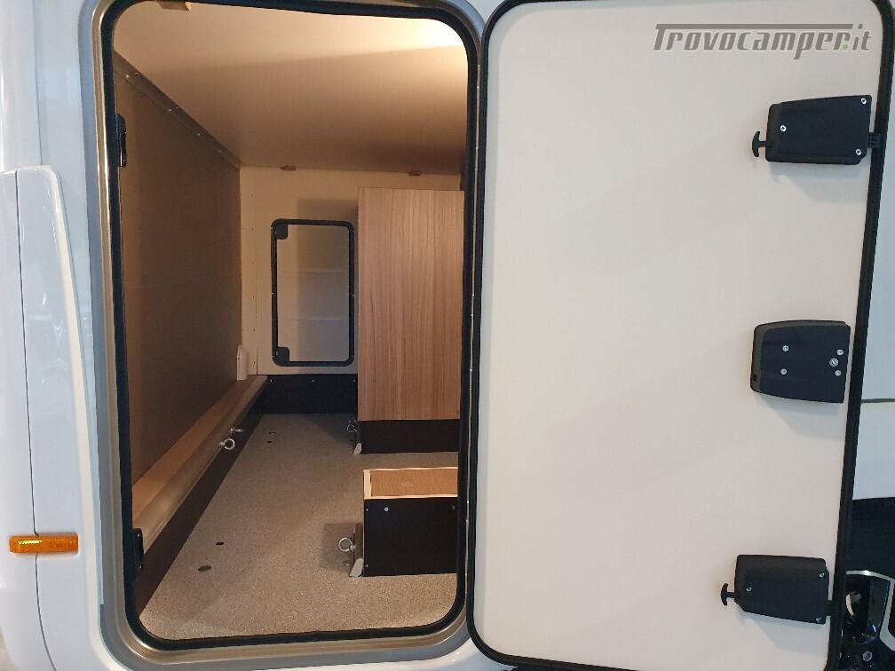 Semintegrale Burstner Travel Van T 590 G usato  in vendita a Bolzano - Immagine 5