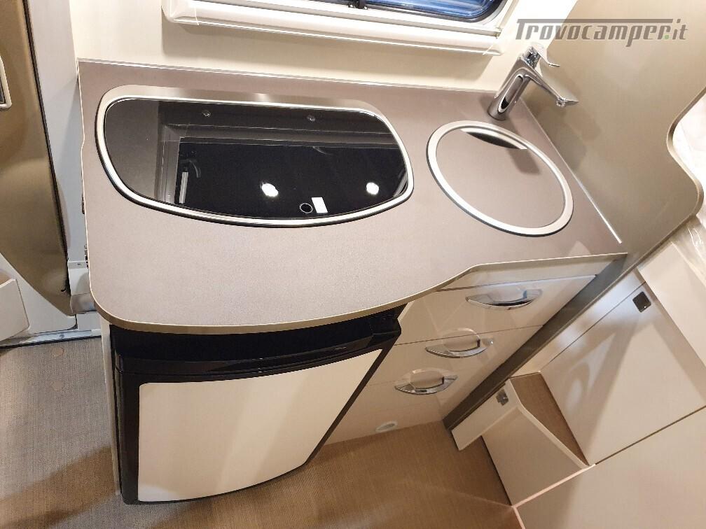 Semintegrale Burstner Travel Van T 590 G usato  in vendita a Bolzano - Immagine 11