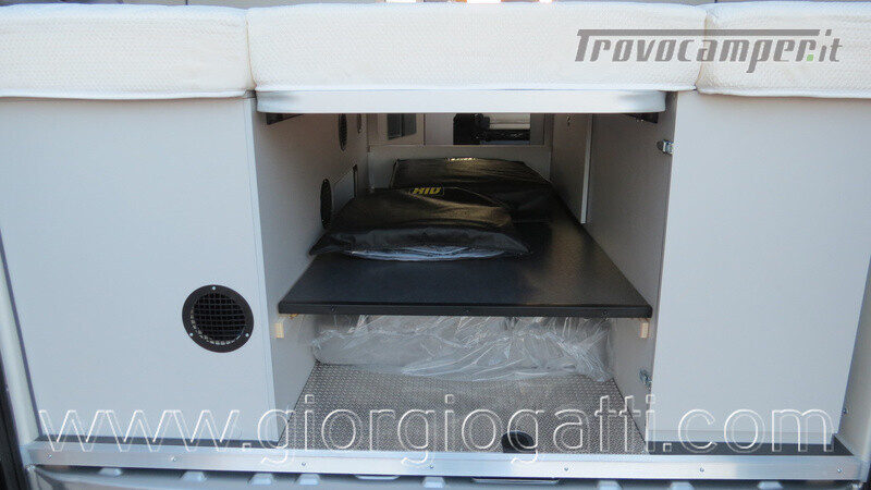 Camper puro Fontvendome Forty Van 4x4 Integrale 5,98mt usato  in vendita a Alessandria - Immagine 15