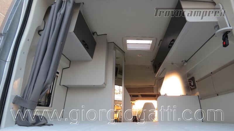 Camper puro Fontvendome Forty Van 4x4 Integrale 5,98mt usato  in vendita a Alessandria - Immagine 16