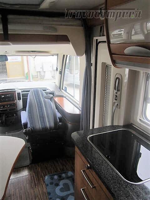 MOTORHOME LETTI GEMELLI PATENTE C HYMER B 675 LUXURY CLASS nuovo  in vendita a Rieti - Immagine 5