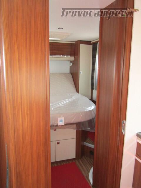 SEMINTEGRALE CON BASCULANTE E LETTO A PENISOLA ADRIA MATRIX M670SC PLUS usato  in vendita a Rieti - Immagine 8